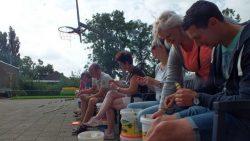 Wereld Record Bierdoppenleggen in Kollumerpomp