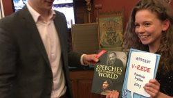 Myrka van de Wal wint VARA-Lagerhuisdebatwedstrijd