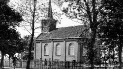 Hiaure, NH kerk gebouwd in 1869
