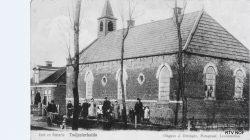 De Hervormde Kerk en pastorie in Twijzelerheide