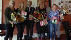 Prijsuitreiking fotowedstrijd gemeentegids Kollumerland c.a.