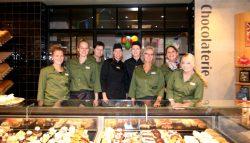 Feestelijke opening Bakkerij van der Bijl in Kollum