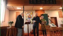 H.Jonker 25 jaar organist in Kollumerpomp