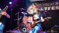 Frank Homma, Lead Guitar, Sackback