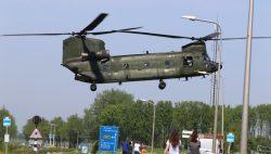 Militaire training sluizencomplex in Dokkumer Nieuw Zijlen