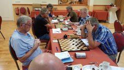 Viertal TTS spelers die proberen een goed resultaat te behalen.