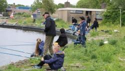 Zeer geslaagde jeugdviswedstrijd Koningin Julianaschool