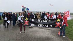 Protest tegen gaswinning nabij Warfstermolen