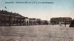 Een ansichtkaart, Wilhelminaplein in Leeuwarden