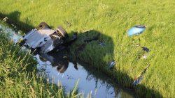 Twee mannen crashen met sportauto op beruchte Roptawei