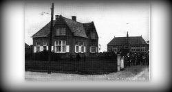 Oudwoude, schoolhuis en school rond 1923