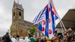 Interculturele verbroedering tussen beide vlaggen