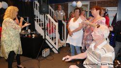 Griet Wiersma verzorgde een optreden bij RTV NOF