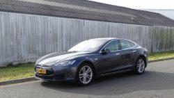 Tesla bij verkeersles op Dokkinga College