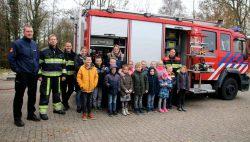 Kinderen 't Oegh leren alles over brandweer