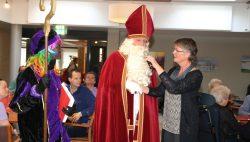 Sint bracht een bezoekje aan Meckama