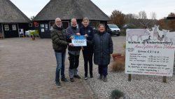 Lionsclub doneert vijfhonderd euro aan Anna Zijlstra Hoeve
