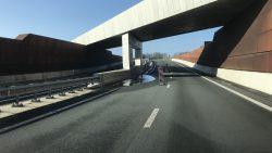 Rijstrook bij tunnel Hurdegaryp afgesloten
