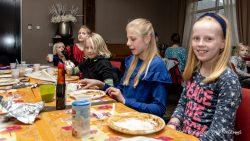 Pannenkoekenfeest (Meer foto's zie www.rtvnof.nl)