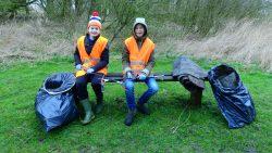 Vrijwilligers maken Dantumadiel schoon