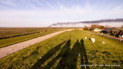 Brand Lauwersoog op zeedijk Paesens te zien