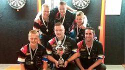 Dartteam Simply The West voor de derde keer op rij Fries kampioen darts