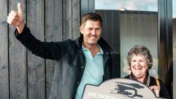 De Stichting Altijd doen ontving 2500 euro van de Dockumer Granaet Rally