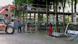 """Opbouw decor voor """"Het Kollumer Oproer"""""""