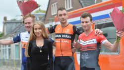 Evert Jan Veldkamp wint de Omloop van Ternaard