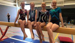 Twee Friese kampioenen  Anna Baukje en Marieke Fennema zilver Annejel Dijkstra