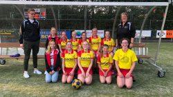 KV Flamingo's C1 sleepte het afgelopen veldseizoen het kampioenschap binnen