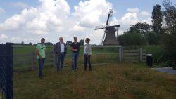 Kollumerpomp wordt bezocht door wethouder Jouke Douwe de Vries