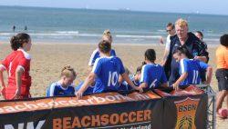 Libertas plaatst zich voor play-offs NK beachsoccer