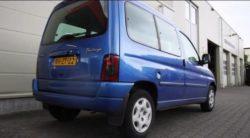 Blauwe Citroën gestolen uit Hantumhuizen