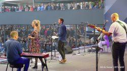 Bekijk de sfeervideo van de kerkdienst op www.rtvmof.nl