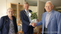 Echtpaar de Jong viert 65-jarig huwelijksjubileum