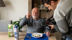 Fotograaf Koos Scherjon heeft een vreemde eetgewoonte