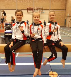 Amber Dorenbos, Mirte Leemburg en Dana de Vries