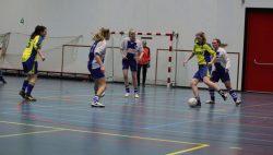Foto presentatie FVVK toernooi voor vrouwen